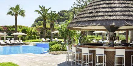 Poolbar på hotell Sheraton Rhodes Resort på Rhodos, Grekland.