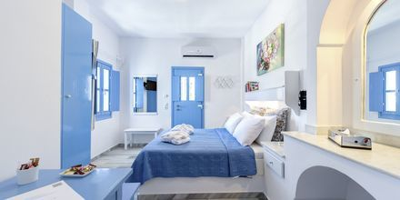 Enrumslägenheter på Hotell Sigalas på Santorini, Grekland.