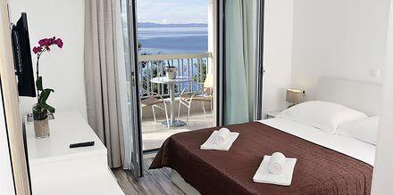 Dubbelrum på hotell Simic i Makarska, Kroatien.