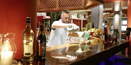 Bar på Sirena Residence & Spa på Samos, Grekland.