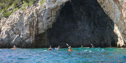 Upptäck Sivotas kust i kanot.