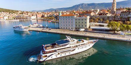 Skärgårdskryssningen börjar och slutar i Split, som är en av Kroatiens största städer.