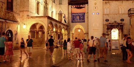 Dubrovnik by night.