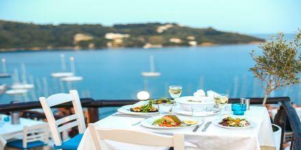 Restaurang i Skiathos stad, Grekland.