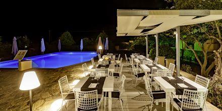Restaurang på Skopelos Holidays Hotel & Spa.