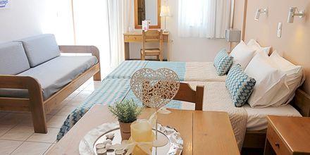 Enrumslägenhet på hotell Sonio Beach i Platanias på Kreta, Grekland.