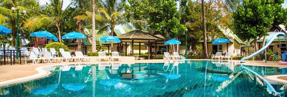 Poolområdet på hotell Southern Lanta Resort, Thailand.