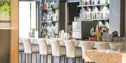 Bar på hotell St Constantine på Kos, Grekland.