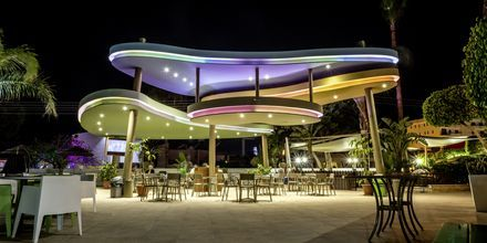 Poolbar på hotell Stamatia, Ayia Napa.