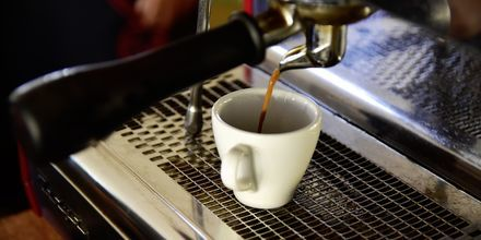 Njut av en god kopp kaffe på hotell Steigenberger Al Dau Beach i Hurghada, Egypten.