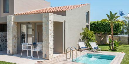 Enrumslägenhet med privat pool på Stellina Village Resort, Kreta, Grekland.