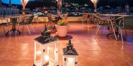 Takterrass på hotell Strada Marina på Zakynthos i Grekland.