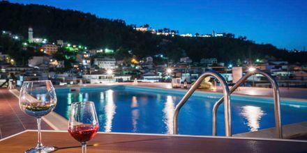 Poolområde på hotell Strada Marina på Zakynthos i Grekland.