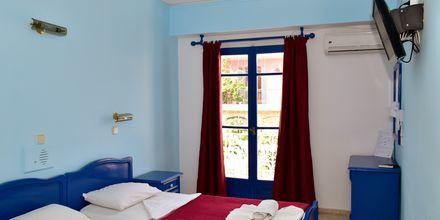 Enkelrum på hotell Stratos i Pythagorion på Samos, Grekland.