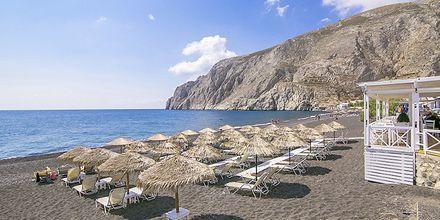 Stranden vid hotell Sunshine på Santorini, Grekland.