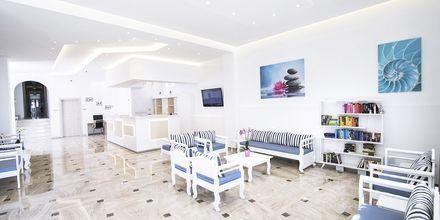 Lobbyn på hotell Sunshine på Santorini, Grekland.