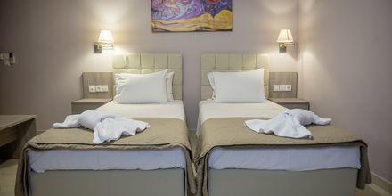 Dubbelrum på hotell Sunwaves i Vassiliki på Lefkas.