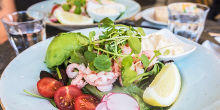 Det odlas mycket på Bjärehalvön och lokala produkter är vanligt på restaurangerna.