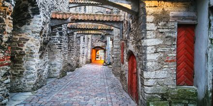 Medeltida gatan Katariina käik i Tallinn, Estland.