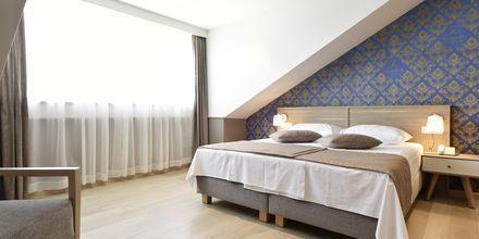 Dubbelrum på hotell Tamaris i Tucepi på Makarska rivieran.