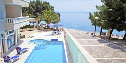 Pool på hotell Tamaris i Tucepi på Makarska rivieran.