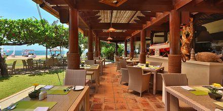 Avslappnande dagar på hotell Grand Mirage Resort.