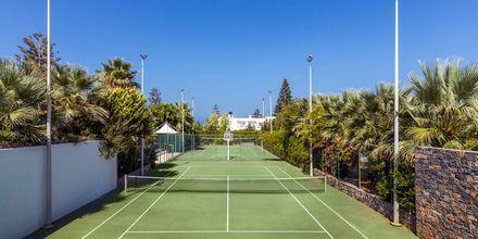 Tennisbana på The Island på Kreta, Grekland.
