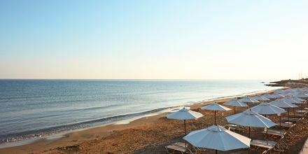 Stranden vid The Island på Kreta, Grekland.