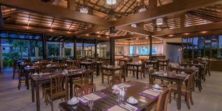 Restaurang på The Leaf Oceanside by Katathani i Khao Lak i Thailand.
