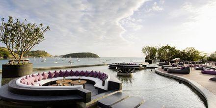 Hotell The Nai Harn på Phuket i Thailand.
