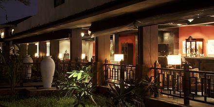 Bar på The O Hotel Goa, Indien.