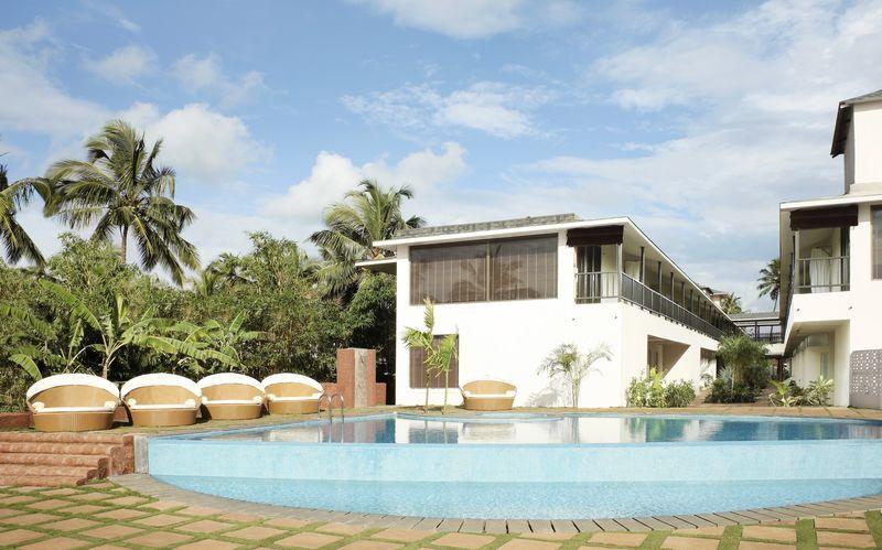 Poolområdet på The O Hotel i Goa, Indien.