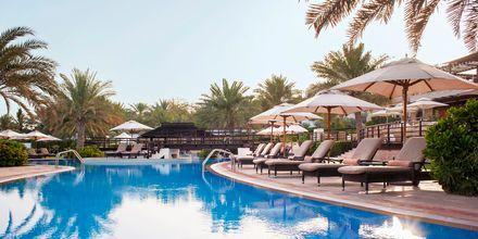 Pool på The Westin Dubai Mina Seyahi i Dubai, Förenade Arabemiraten.