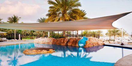 Barnpool på hotell The Westin Dubai Mina Seyahi i Dubai, Förenade Arabemiraten.