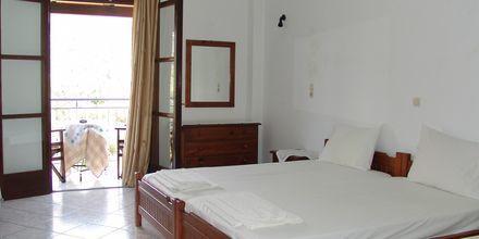 Enrumslägenhet på hotell Theano i Stoupa, Grekland.