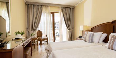 Dubbelrum på hotell Theartemis Palace på Kreta, Grekland.