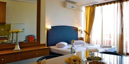 Enrumslägenhet på hotell Theo i Rethymnon, Kreta.