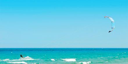 Kite surfing på Kos i Grekland.