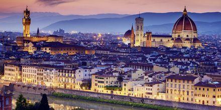 Vackra Florens är en av de större städerna i Toscana, här med katedralen Santa Maria del Fiore.
