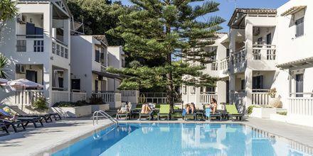 Pool på hotell Trianon på Zakynthos, Grekland.