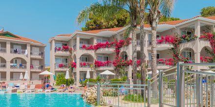 Poolområdet på hotell Tsilivi Beach på Zakynthos, Grekland.