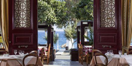 Restaurang på hotell Veggera på Santorini, Grekland.