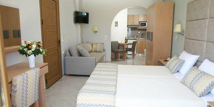 Större enrumslägenhet på hotell Vekios i Parga, Grekland.