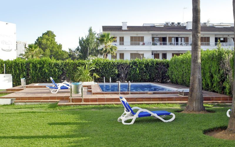 Poolen på hotell Venecia i Alcudia på Mallorca, Spanien.