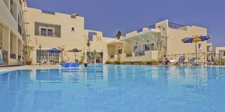 Pool på Hotell Vergina, Karpathos Stad, Grekland.