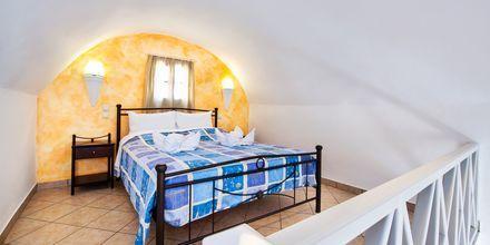 Tvårumslägenhet i etage på Villa Eleftheria i Perivolos, på Santorini.
