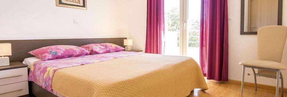 Trerumslägenhet på Villa Marinero i Markarska, Kroatien.