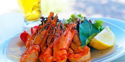 Grekisk mat i Vlychada, Santorini.