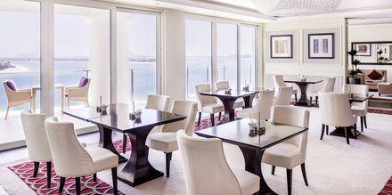 Club Lounge på hotell Waldorf Astoria Dubai Palm Jumeirah i Dubai.