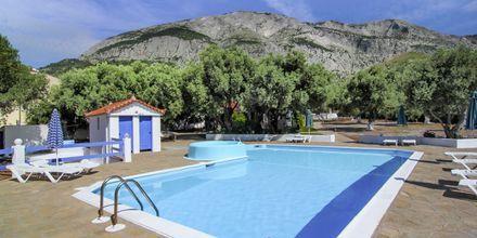 Poolen på hotell White Rock på Samos.